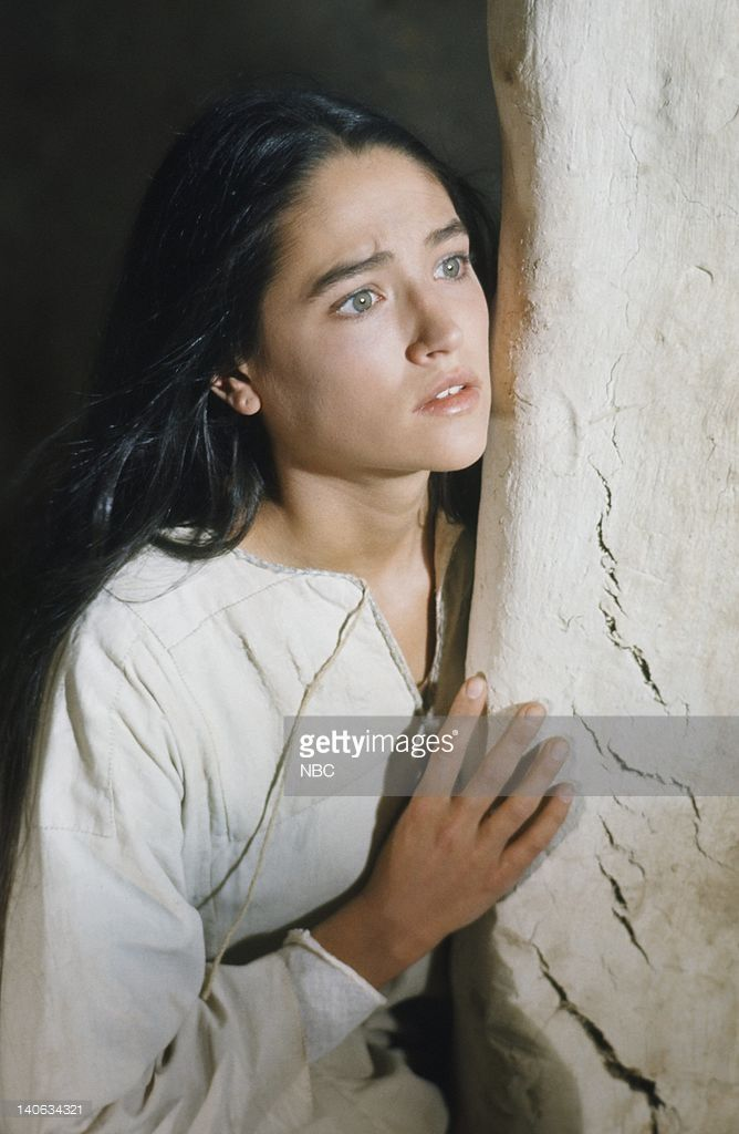 pictured-olivia-hussey-as-mary-the-mother-of-jesus-photo ... Olivia Hussey