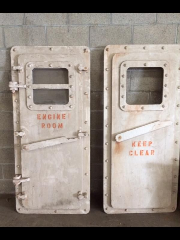 The Engine Room Design: Engine Room Hatch Door (Fake)