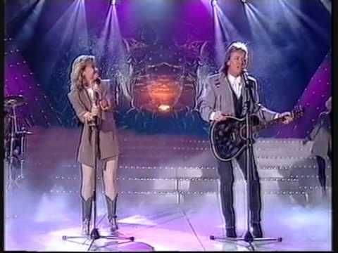 Chris Norman Suzie Quatro I Need Your Love I Need You Love Soul Music Music Videos