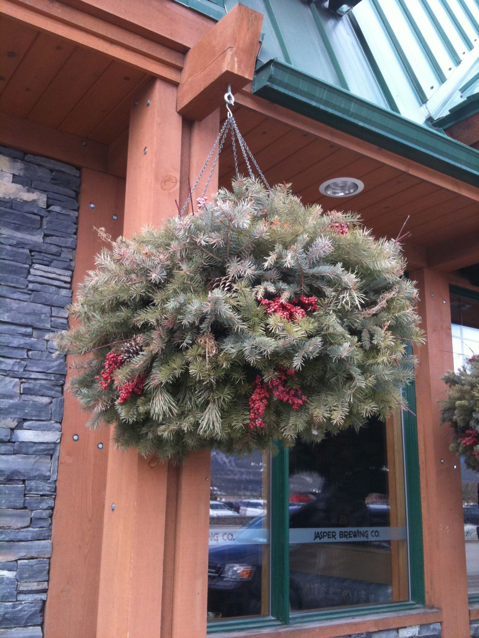 christmas hanging basket - Christmas Hanging Baskets