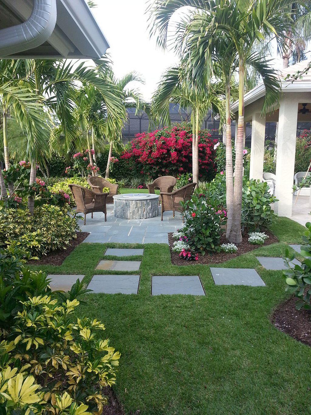 Warm Tropical Backyard Landscaping Ideas (16) | Tropical backyard ...