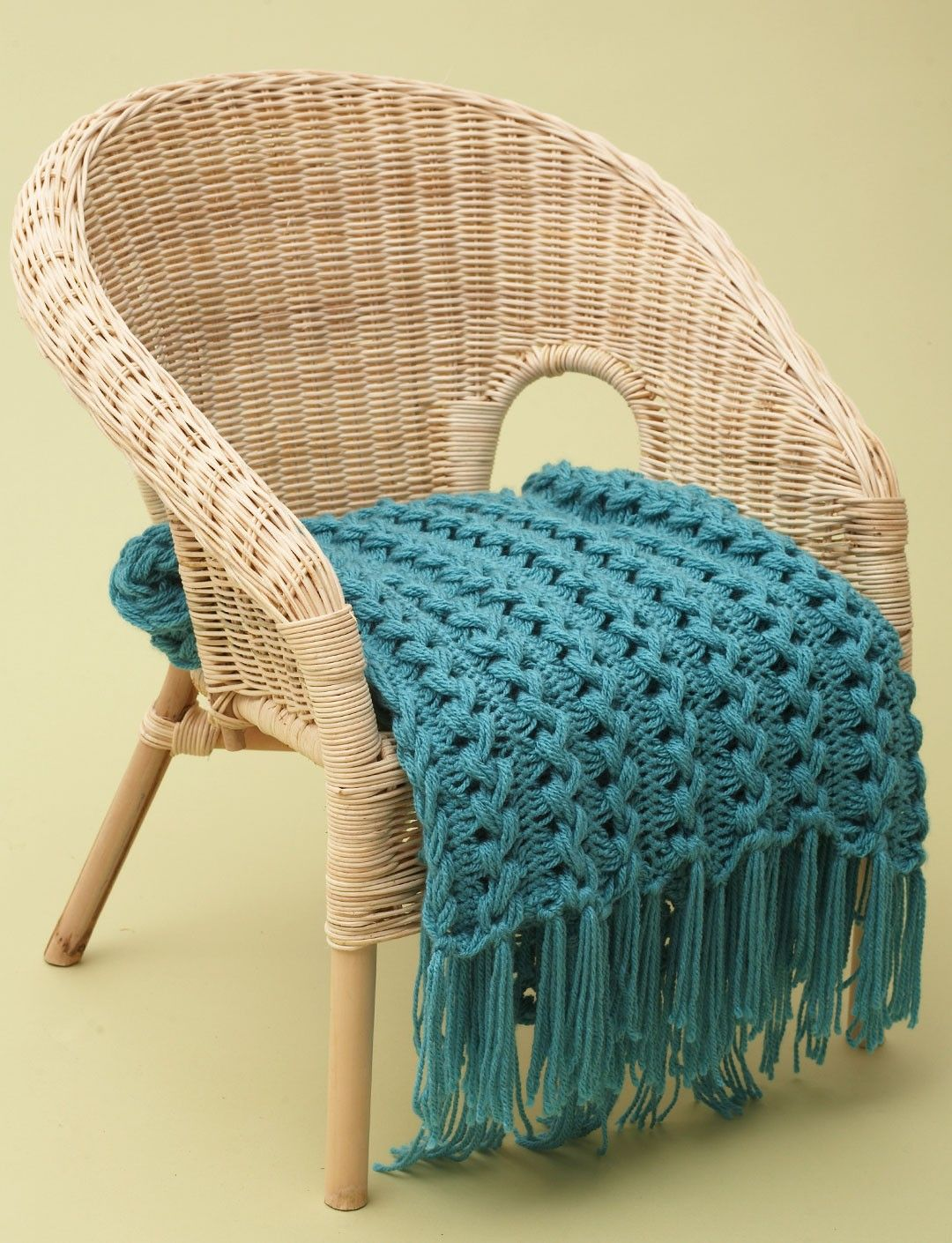 Yarnspirations.com - Bernat Hairpin Lace Baby Blanket - Patterns ...