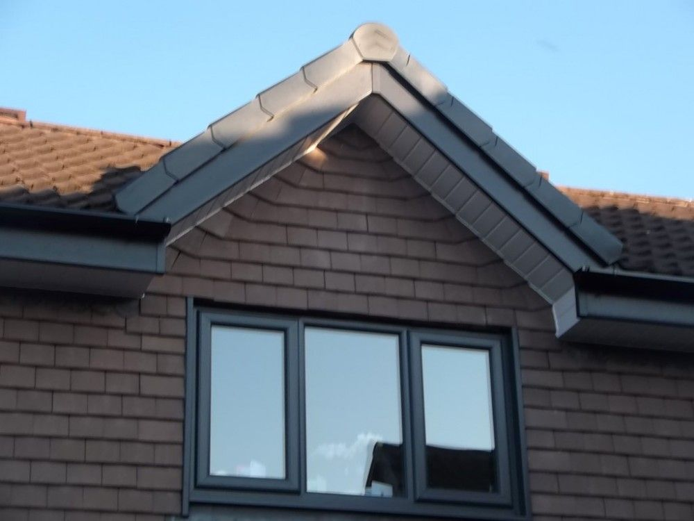 Anthracite grey upvc fascias white soffits decorating for Grey upvc porch