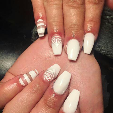 Coffin nails - white diamond