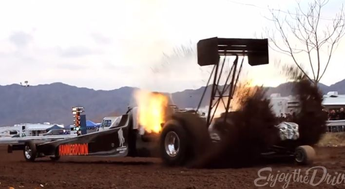 7 000 Horsepower Top Fuel Dragster On Dirt Yes It S Crazy Top