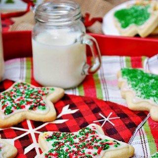 Gluten Free Soft and Fluffy Cutout Sugar Cookies - Breezy Bakes #cinnamonsugarcookies