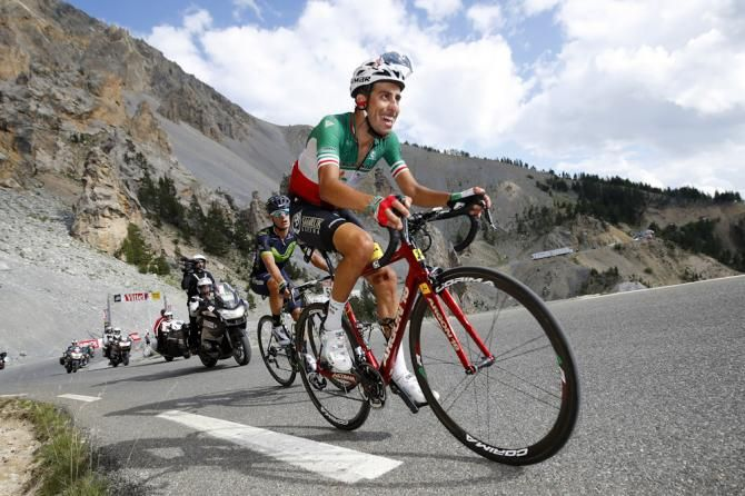 Fabio Aru Chases The Gc Group Near The End Of Stage 18 At The Tour De France Tour De France Geraint Thomas Lotto Soudal