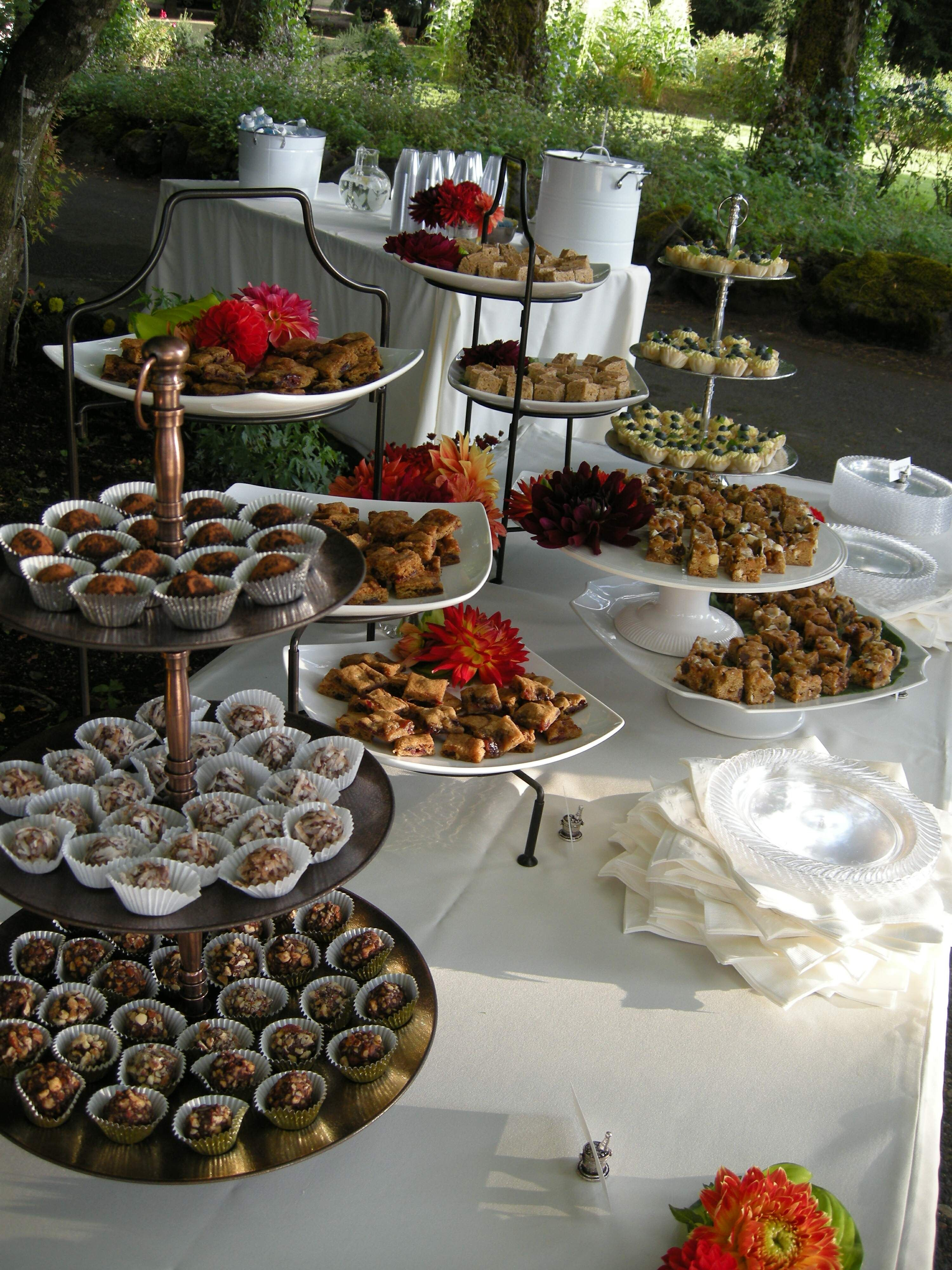 Table setups for wedding receptions buffets plans for Ensemble table buffet