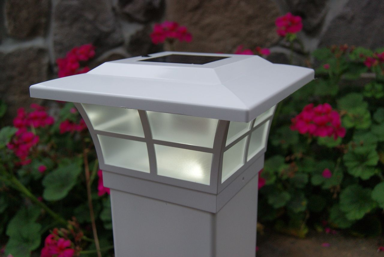 5x5 Solar Post Cap Lights, White Prestige by Classy Caps