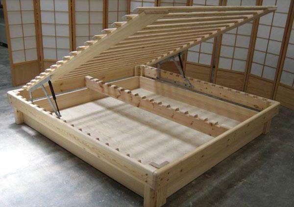Cama somier fustaforma con arc n abatible de pino sueco y for Muebles en bruto