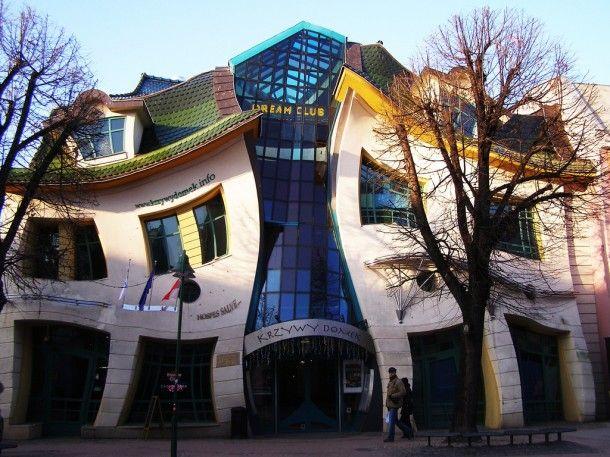 Crooked House By Szotnyscy Zaleski Houses In Poland Crooked House Fantasy House