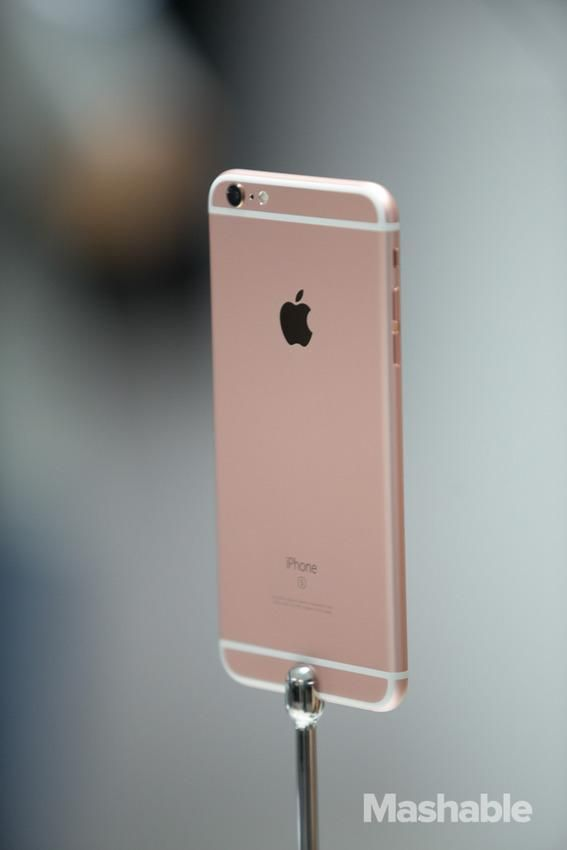 Here's a first look at the new iPhones including the new rose gold edition