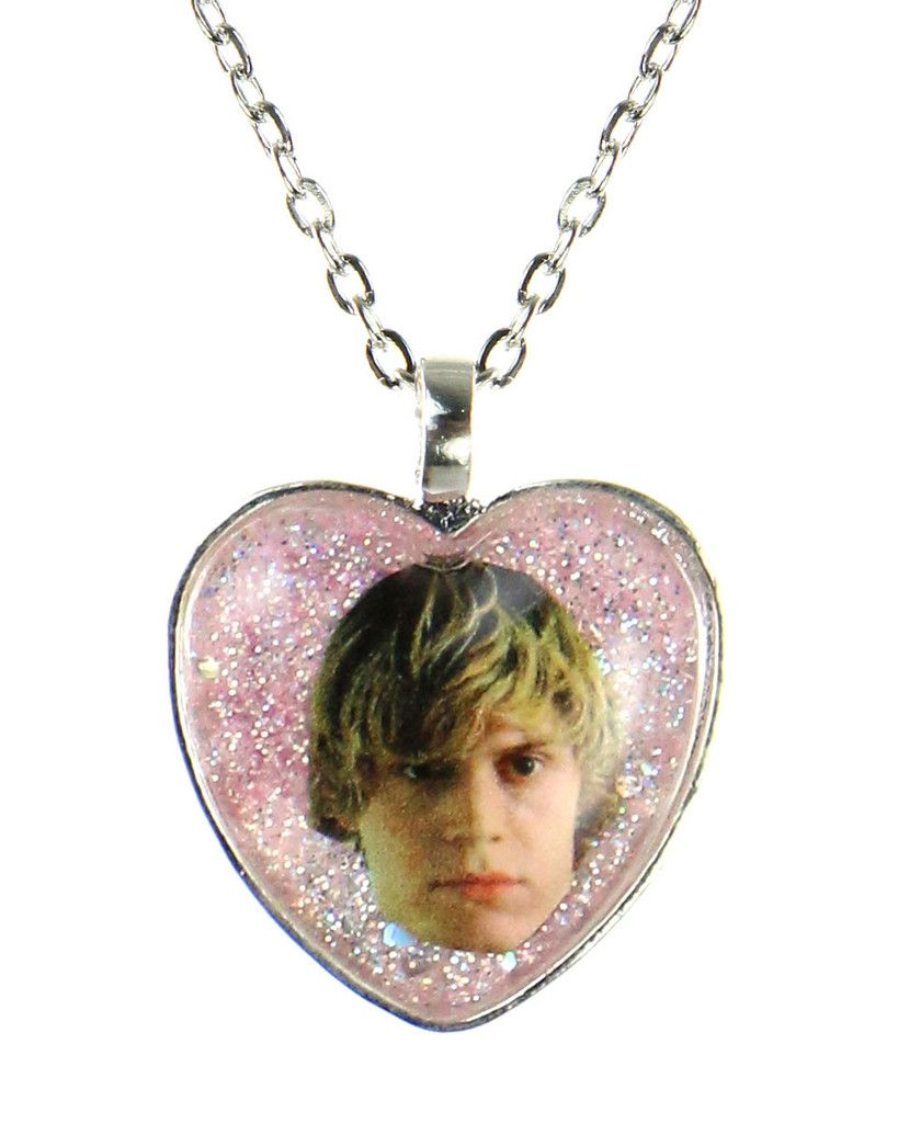 BAE EVAN PETERS GLITTER NECKLACE at shopjeen.com