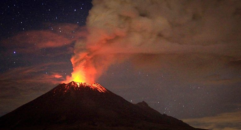 13 different volcanoes are currently erupting around the world. And it's not near to an end! Each week, new volcanic peaks are entering an enhanced volcani