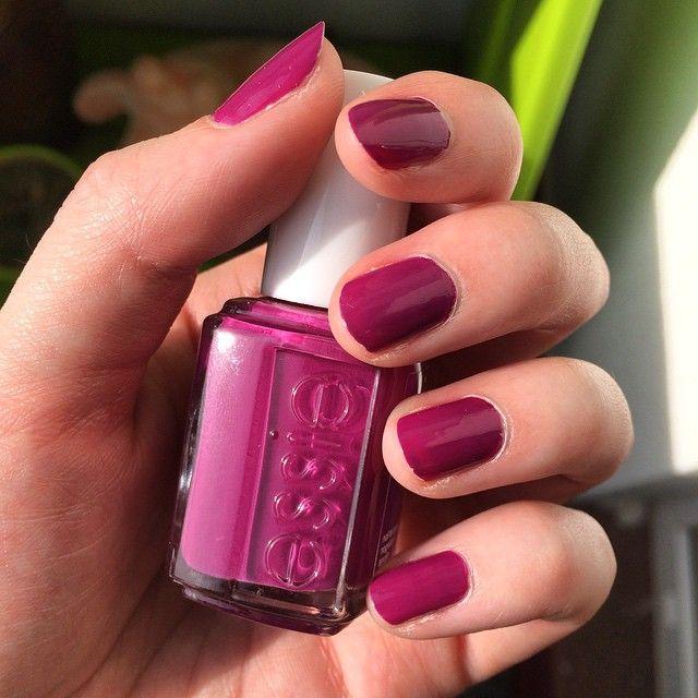 Essie Flowerista nail polish