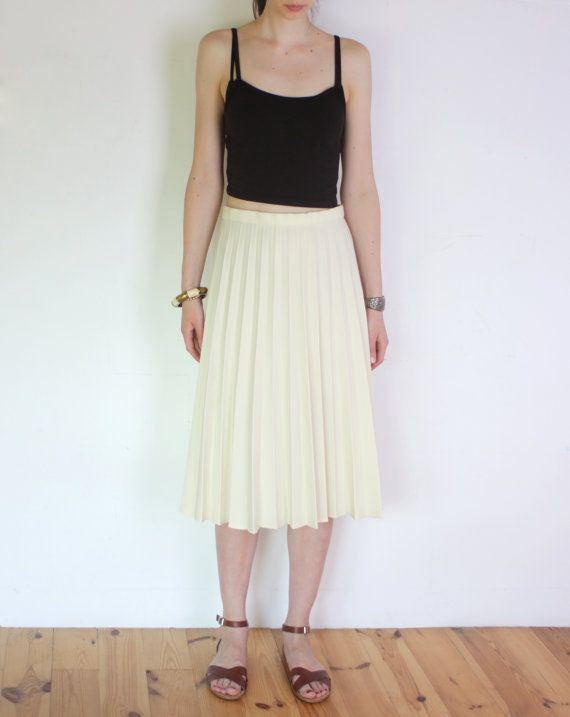 70's accordion pleat cream white midi skirt, beige flared pleated ...