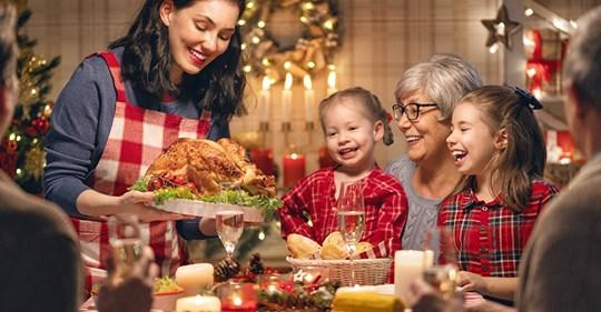Tout Savoir Sur Le Boxing Day Ou Lendemain De Noel Walmart Canada Christmas Celebrations Merry Christmas Happy Holidays Christmas Parade