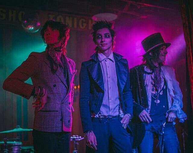 Palaye Royale, Sebastian Danzig, Mr Doctor
