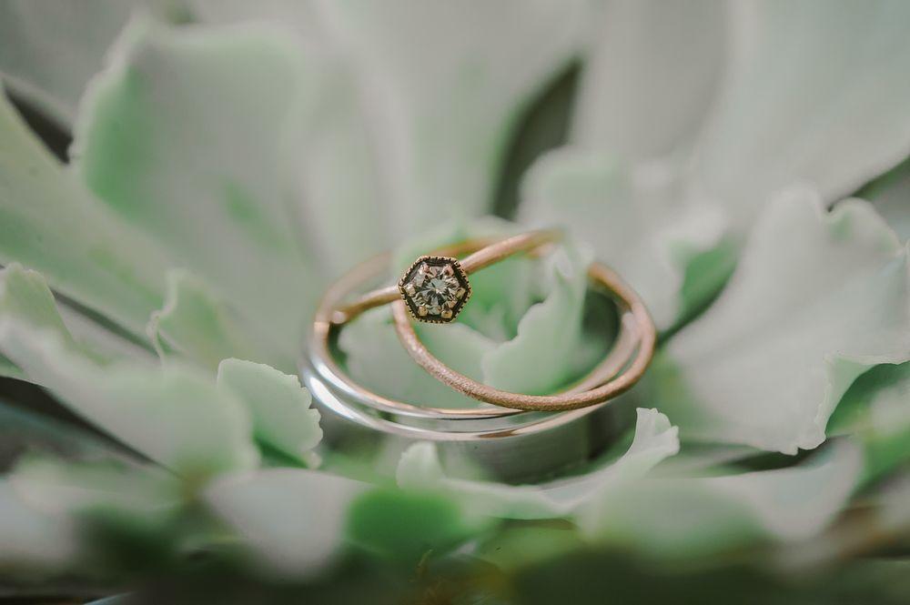 Modern ring set
