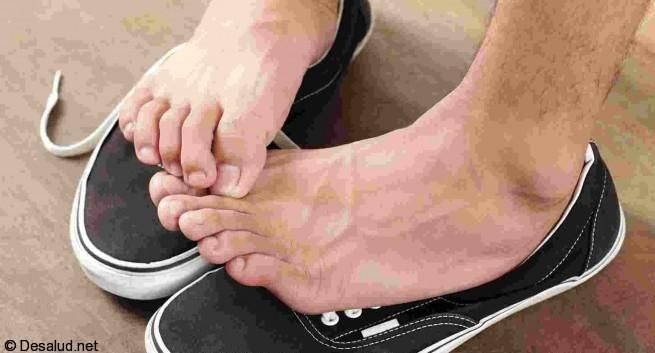 picazon en las manos y pies causas