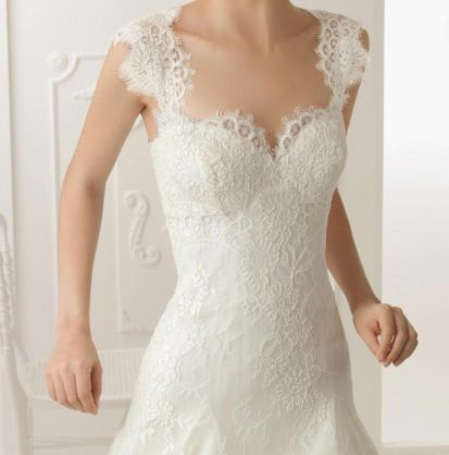 I love this as a top to a wedding dress