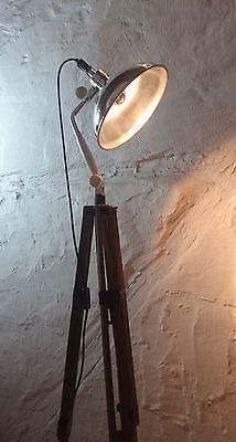 Fresh Tripod Stativ Steh Arzt Lampe Strahler Bauhaus Art Deco Industrie Design Loft