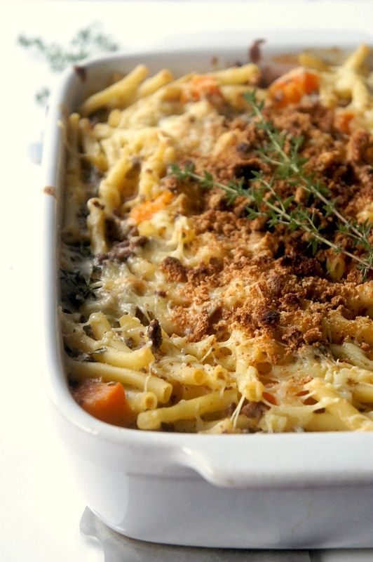 """Photo of """"MAC 'N CHEESE"""" with BUTTERNUT, THYME and CRUMBLE AMARE …"""