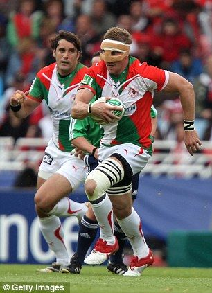 Imanol Harinordoquy Rugby Player For France And Biarritz Olympique Rugby Players Rugby Biarritz