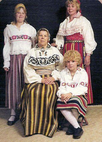750b2516530 traditional Estonian folk costumes | ~ Culture ~ Customs ~ Folklore ...