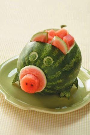 Puuviljavaagnad fruit pinterest fruit decorations for Decoupe fruit decoration