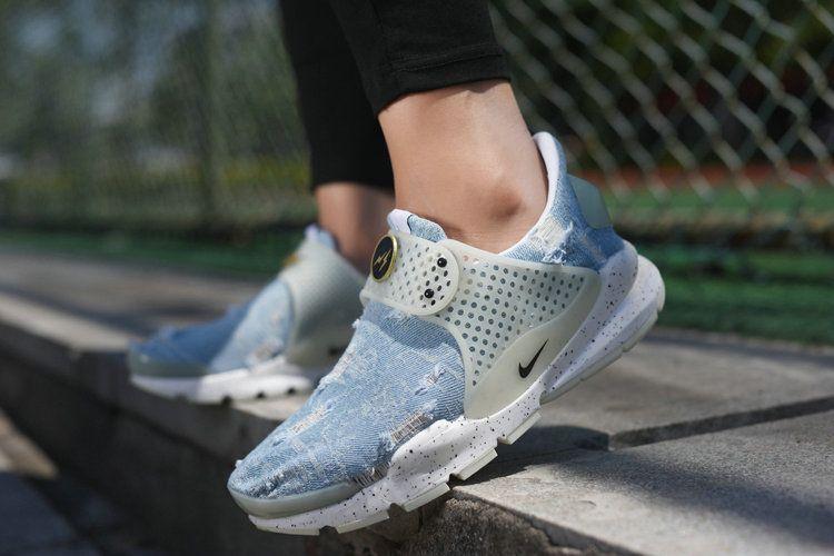 brand new 8364f 6bfb3 Nike Sock Dart lightning Denim Jean Blue White On Feet   Men ...