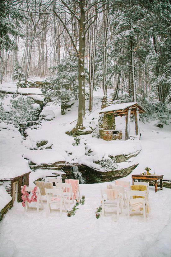 winter wedding ceremony at Seven Springs Mountain Resort