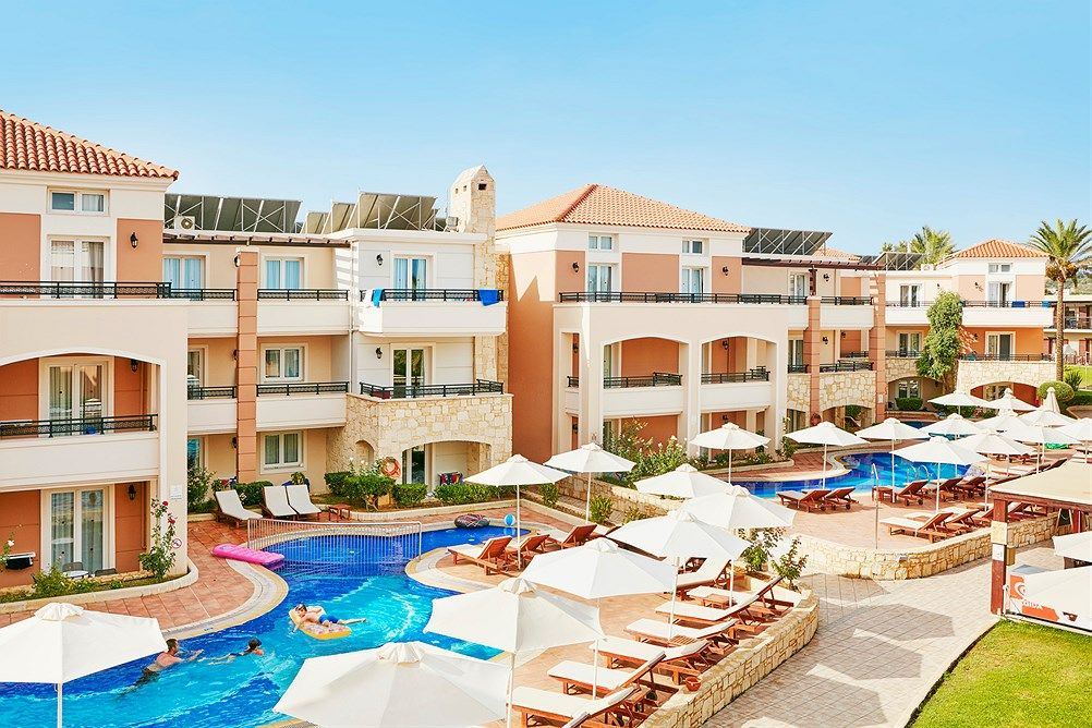 Family Life Caldera Beach By Atlantica Ssss Kreta Hellas Star Tour Tui Norge Family Life Family Friendly Hotels Life
