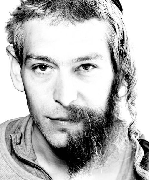 Matisyahu- before and after.... there was a hottie under there.