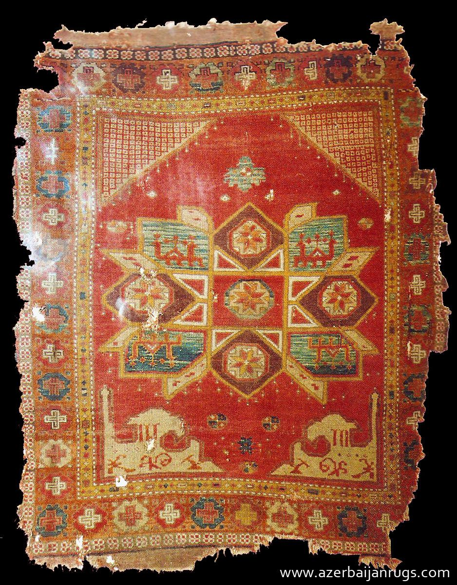 Early Crivelli Style Turkish Carpet Was Found At Sivrihisar Eskishehir Mosque 14 15th Centuries Rugs Turkish Rug Rugs On Carpet