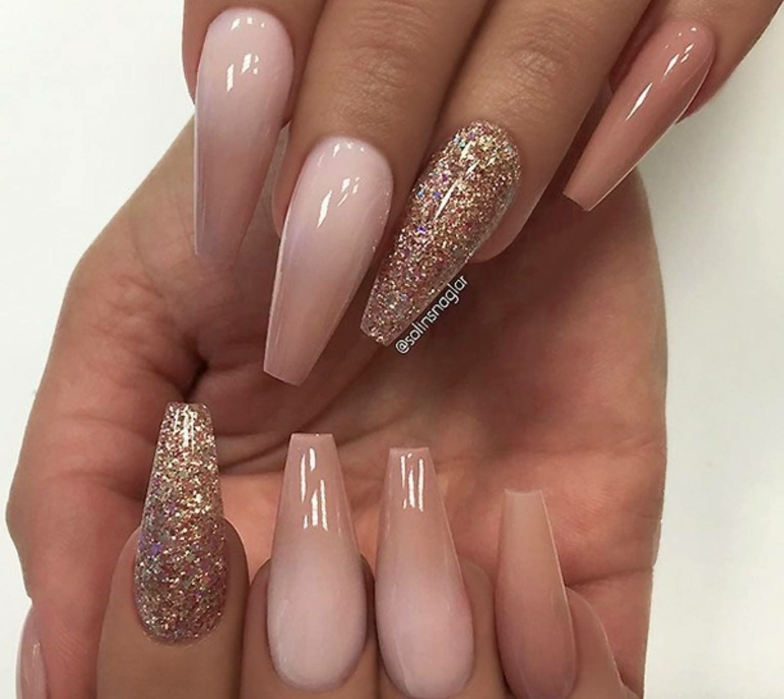 Pin By India Wylie On Nails Gold Glitter Nails Rose Gold Nails