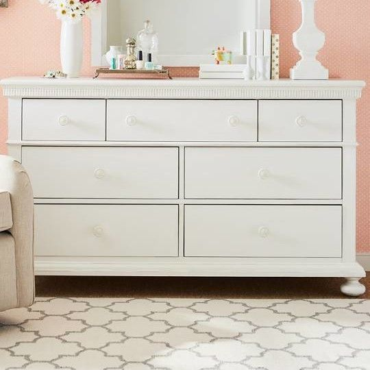 Smiling Hill 7 Drawer Dresser