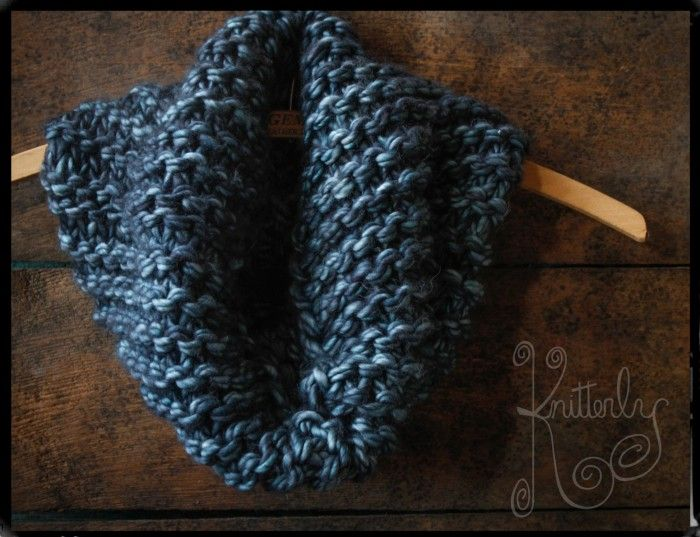 quick to knit  soft  fluffy  u0026bulky  2 skeins  90 yards each  as a superwash merino  this yarn is