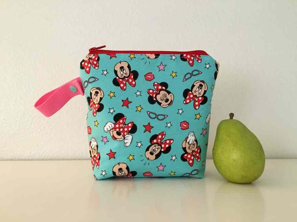 Minnie Mouse snack pouch