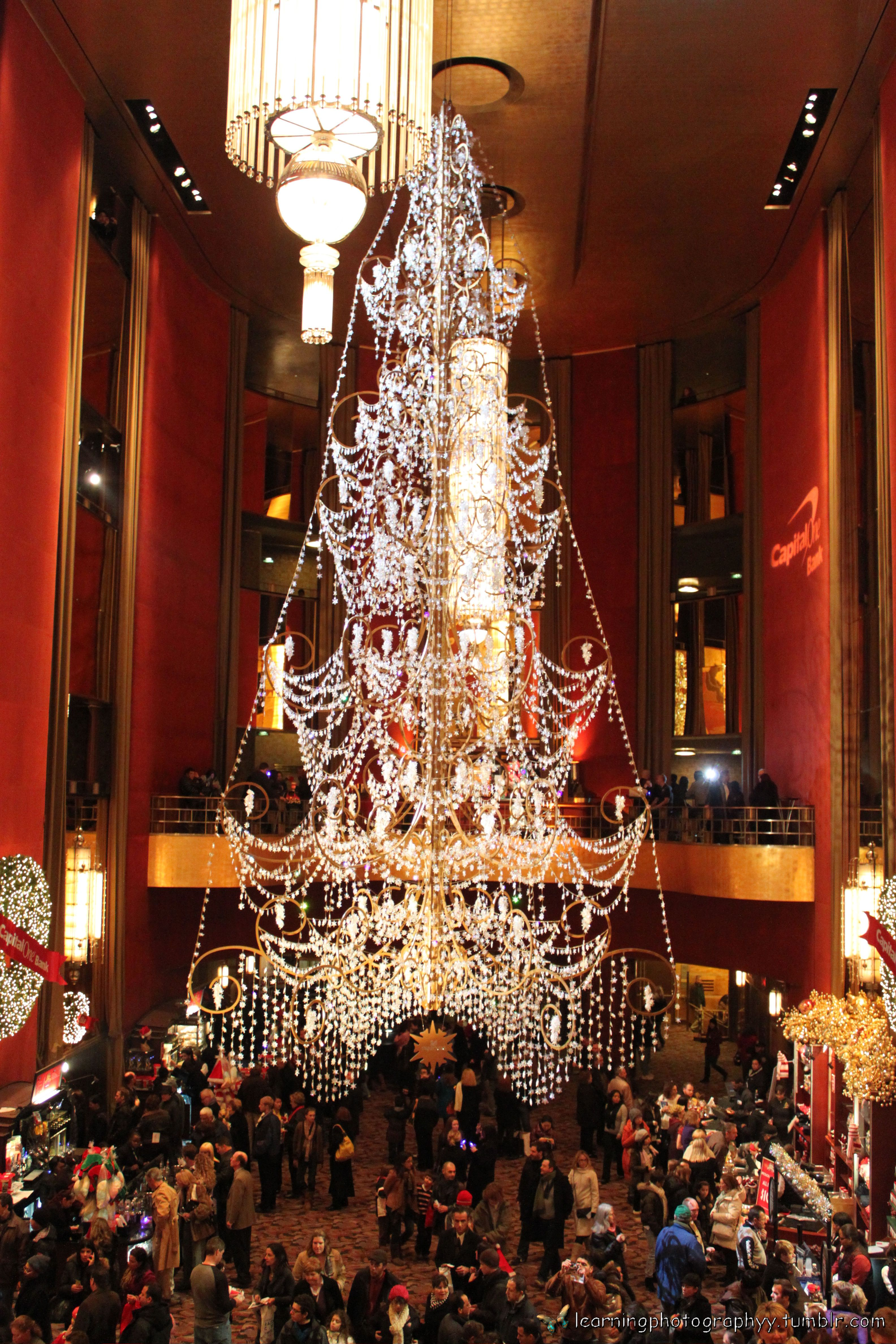 Amazing christmas tree chandelier in radio city music hall amazing christmas tree chandelier in radio city music hall absolutely beautiful arubaitofo Images
