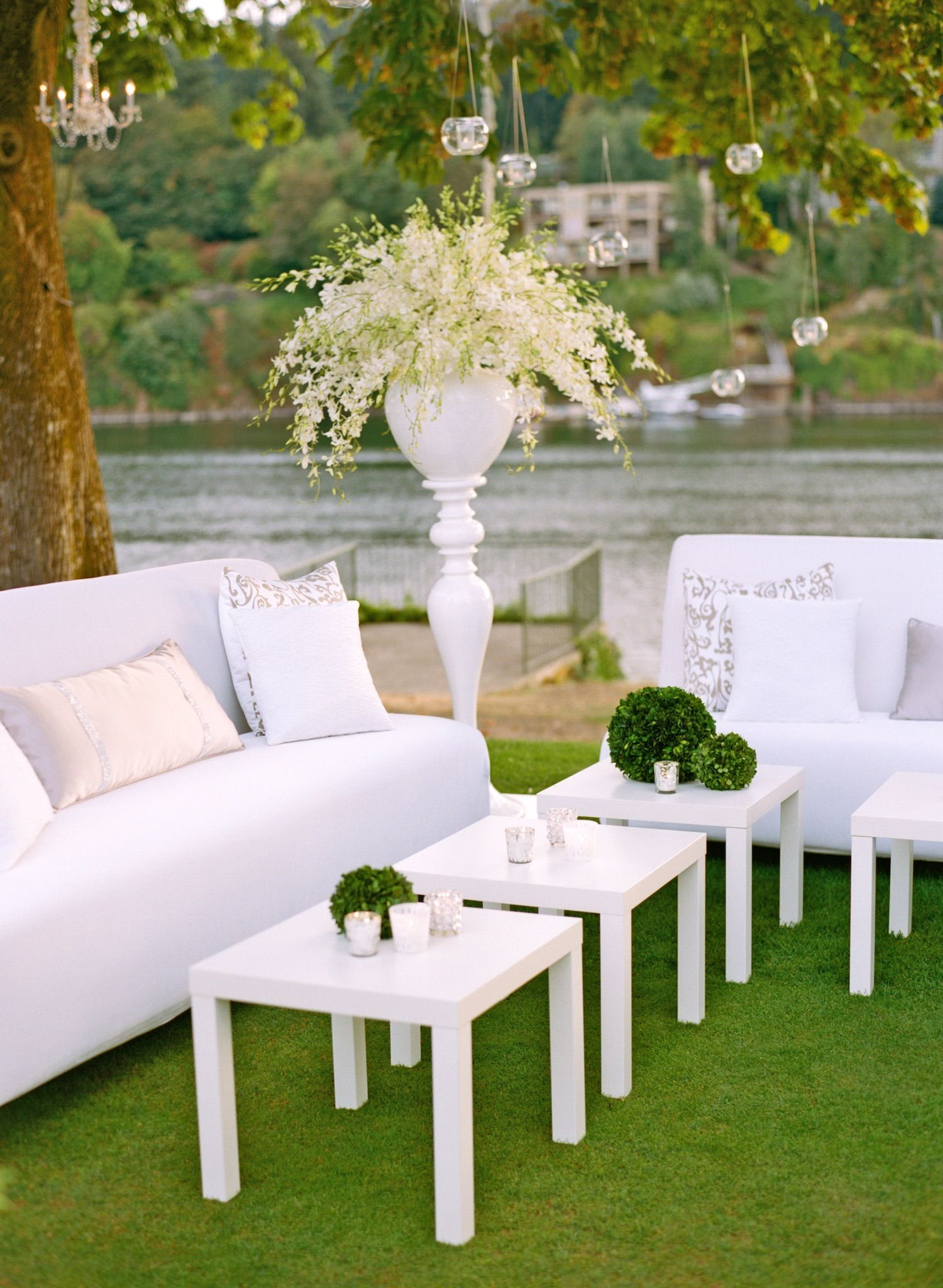 Elegant All-White Country Club Wedding with Natural ...