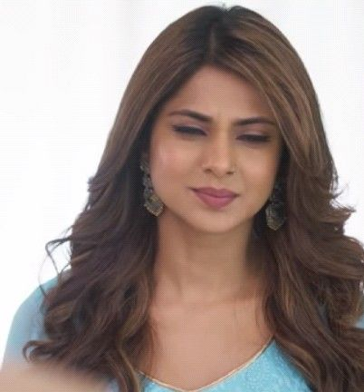 Bepanah 💕 | Jennifer winget, Jennifer, Hair styles