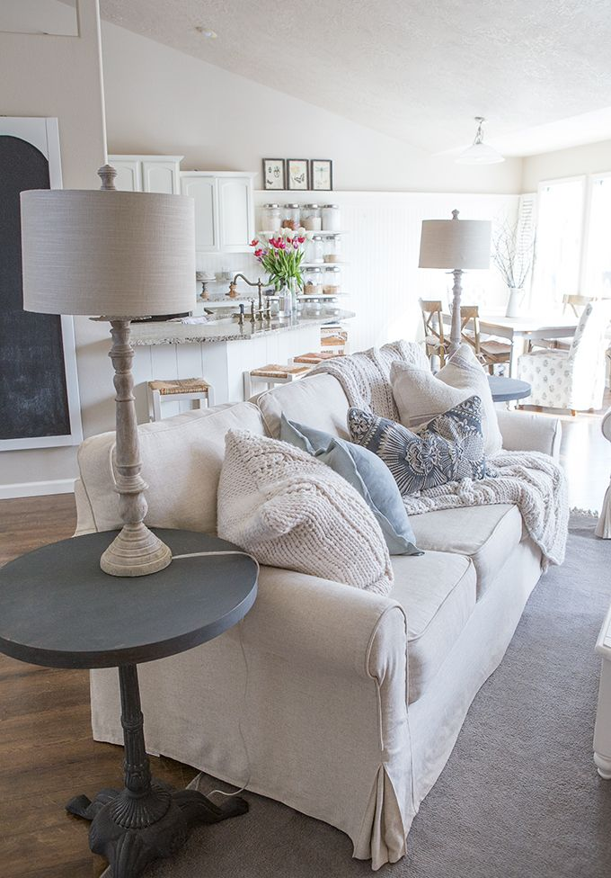 Custom Slipcovers To Get That Farmhouse Style Sofas Livingrooms