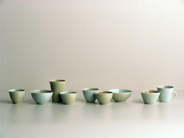 Gwyn Hanssen Pigott Aus The Listeners 1998 Porcelain Ceramics Beginner Pottery Ceramic Tableware