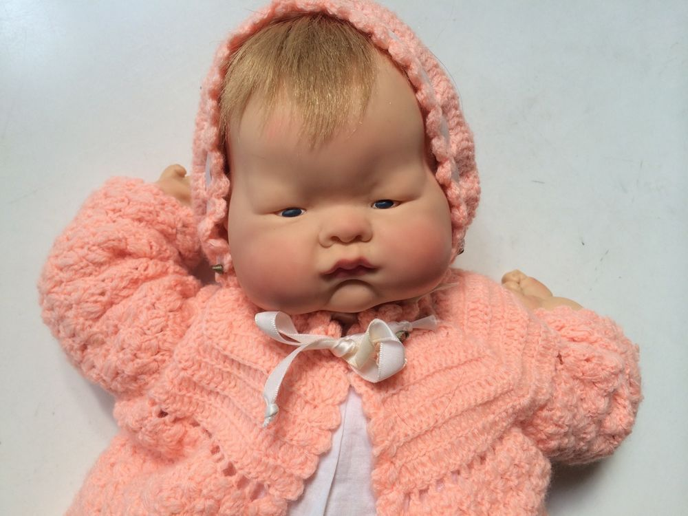 "18"" Vintage Vogue Baby Dear Baby Doll in orignal dress,  Eloise Wilkins #DollswithClothingAccessories  Love those pink cheeks"
