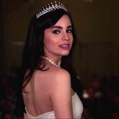 A Cinderella Story If The Shoe Fits Bella A Cinderella Story Sequel Busts Out Dancing Shoes In First Trailer Sofia Carson Cinderella A Cinderella Story Sofia Carson