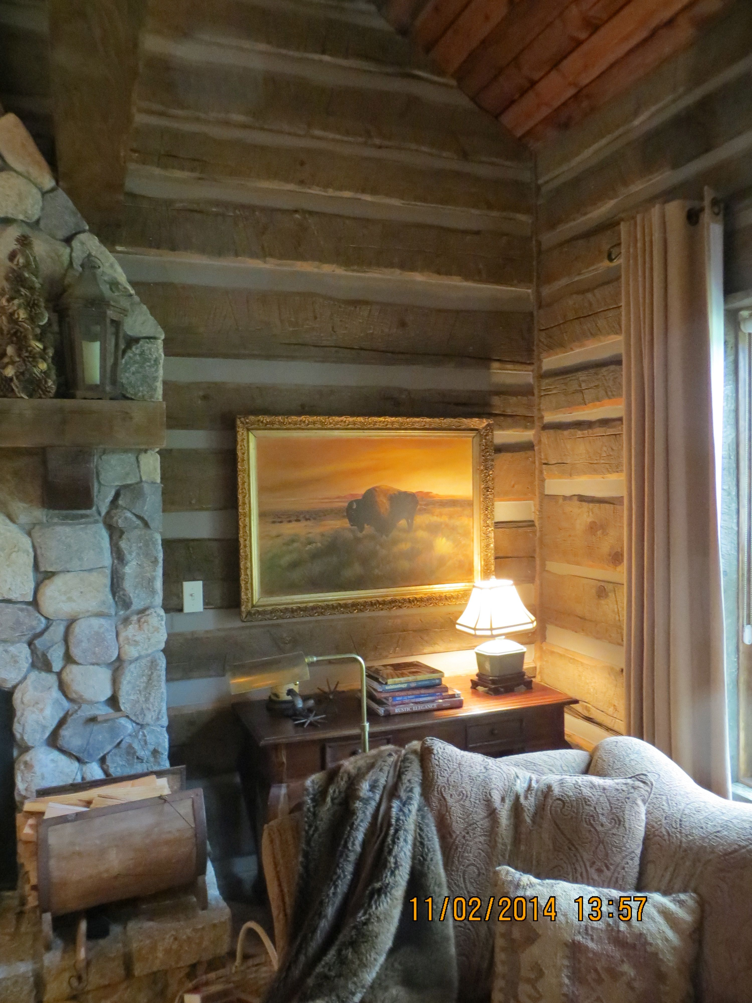 Warmcozy interior with pioneer log siding homes with pioneer warmcozy interior with pioneer log siding publicscrutiny Image collections
