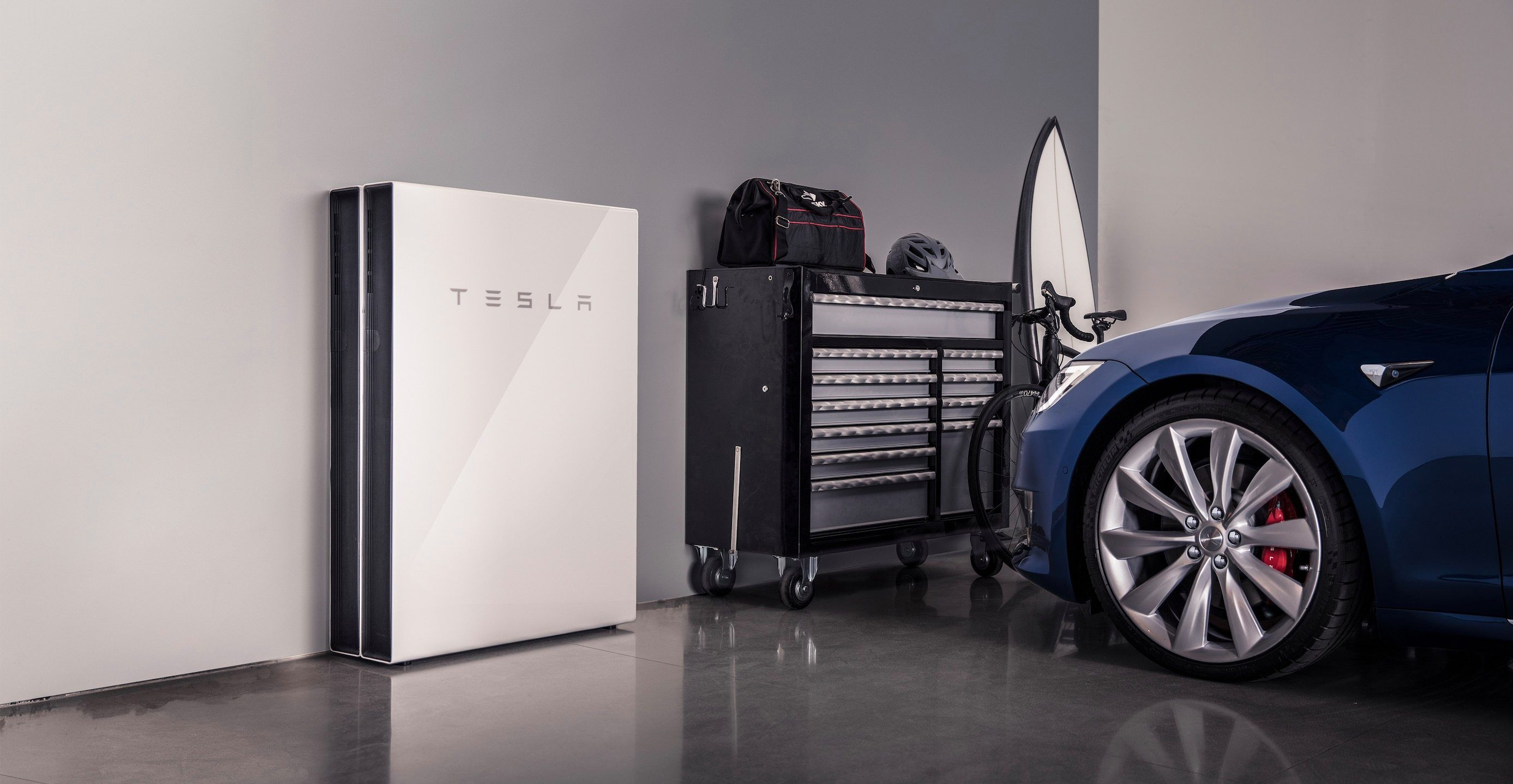 Tesla Virtual Power Plant In Australia Reduces Electricity Rate By More Than 20 Moving To Phase 3 Tesla Powerwall Powerwall Best Solar Panels