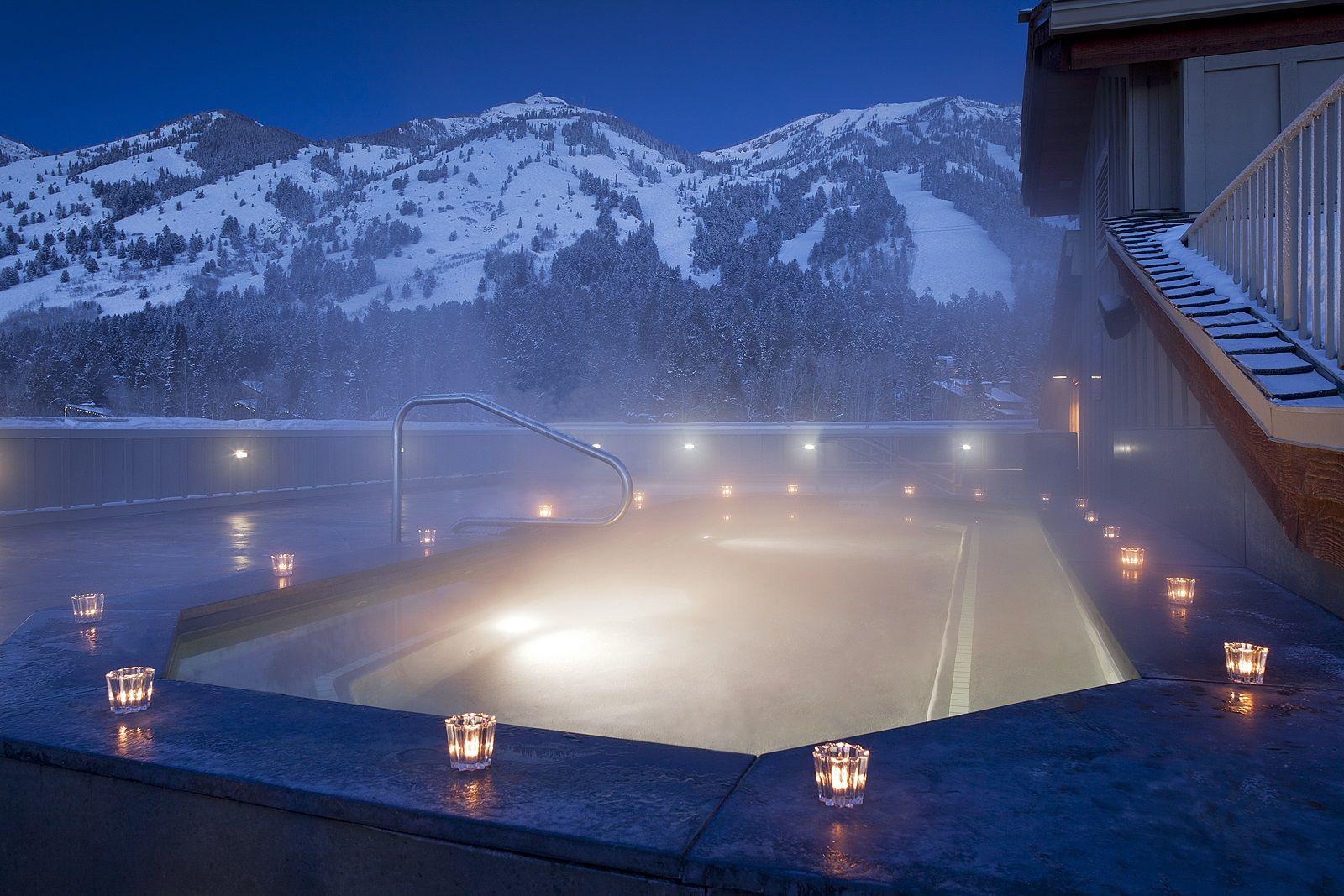 Rocky Mountain Hotels That Promise A Winter Wonderland Best Spahot Tubsmountain