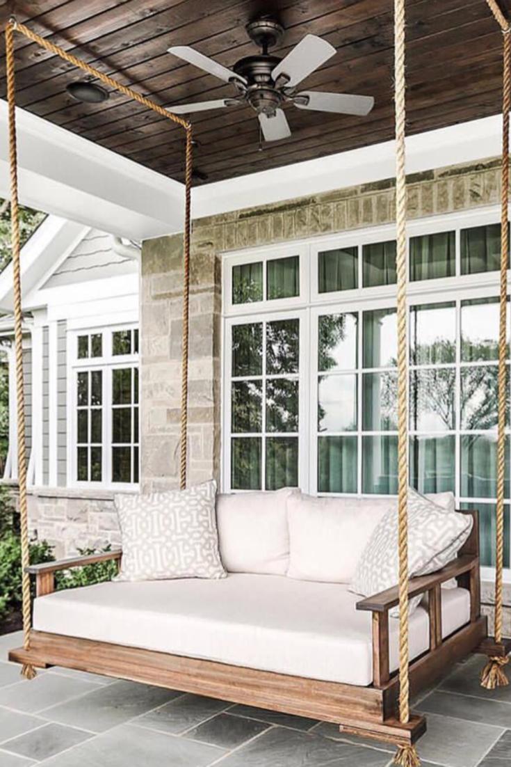 Le Porche D Une Maison balancelle bois et blanche extérieure sous un porche d'entrée maison